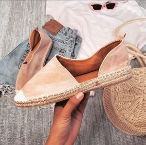 Shoes - 🆕️//The Cheri// blush espadrille flat